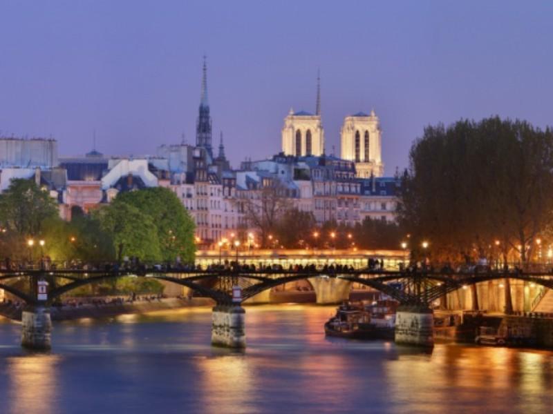 Pont_des_Arts_Paris_modif[1]