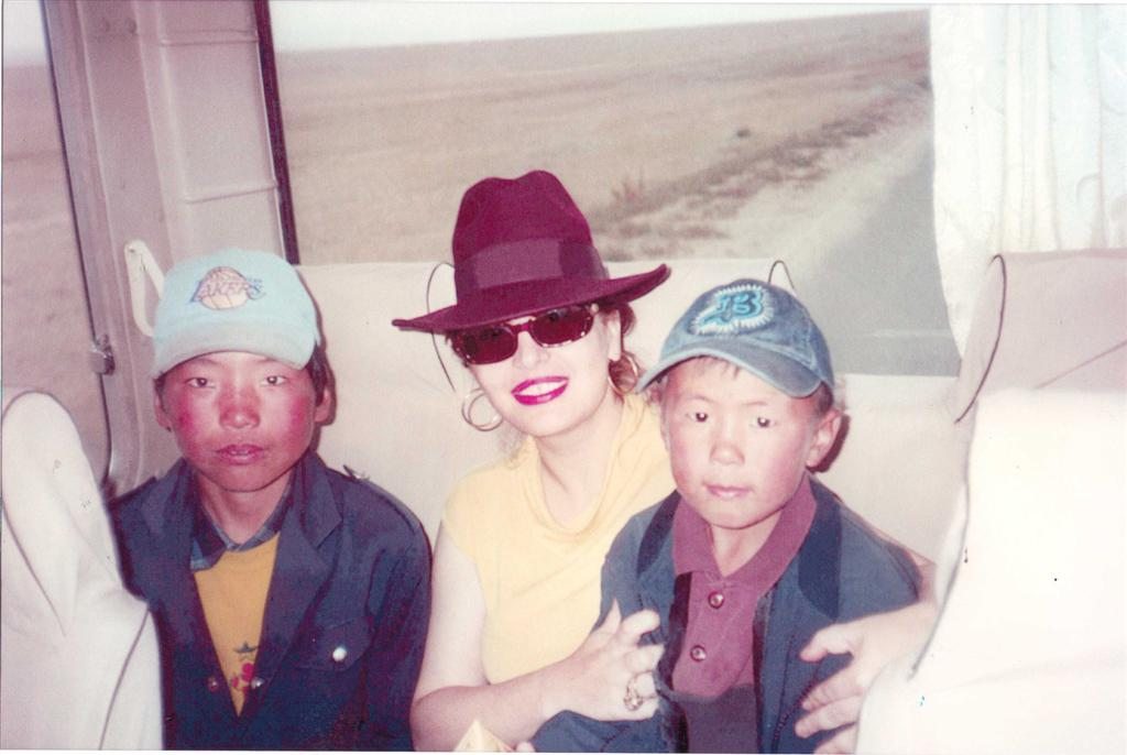 aboutus_mongolian_boys_with_mairy.jpg