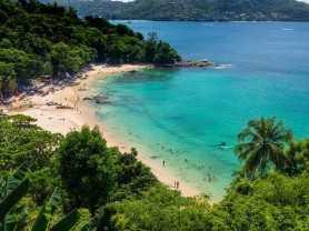 phuket_laem_singh_beach_1