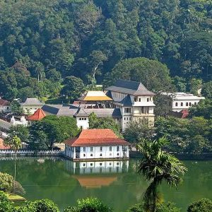 srilanka_kandy_temple_of_the_Tooth