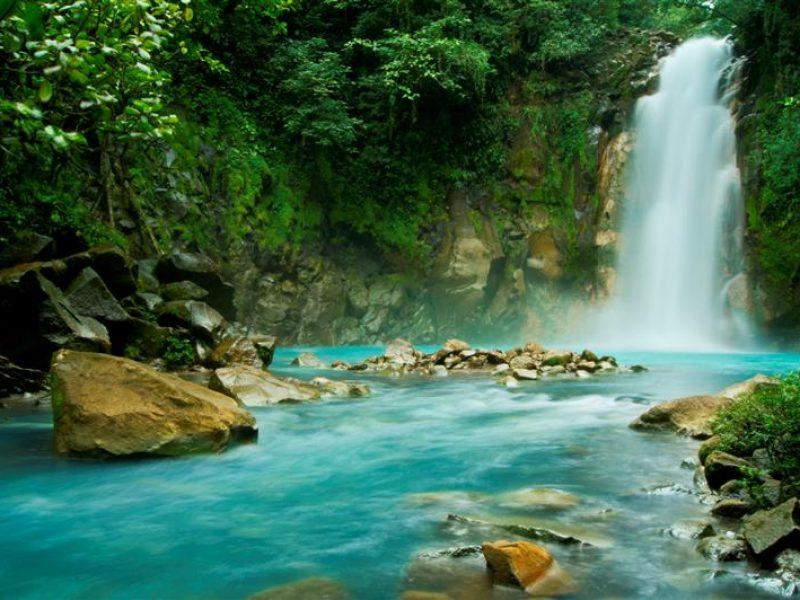 costa_rica_waterfall