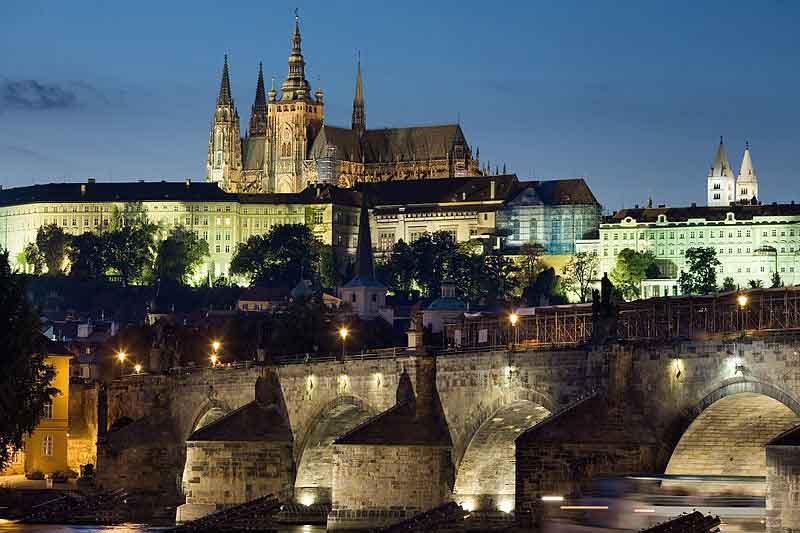 Ομαδικό Ταξίδι> Πράγα – Κάρλοβυ Βάρυ – Δρέσδη Χριστούγεννα