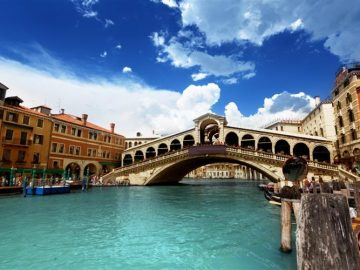venice-Italy-bridge-europe-cel-tours[1]