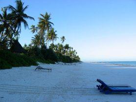 zanzibar_east_coast_pristine_beach_tanzania_africa_cel_tours